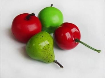 Owoce sztuczne pakowane w woreczku